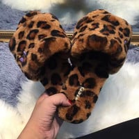 Ugg: female leopard slippers
