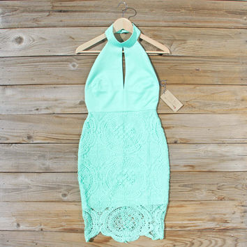 Ancient Lace Dress in Mint