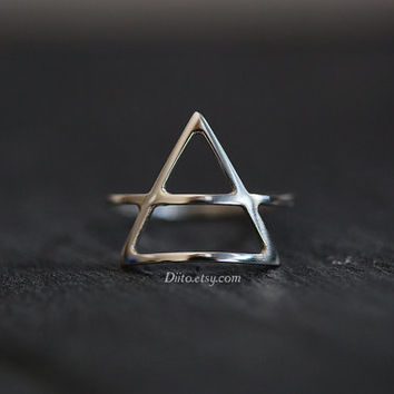 Size 6, Sterling Silver Triangle Ring, Handmade Jewelry, Thin Rings, Simple Rings, Geometric Ring, Minimalist Ring, Ready To Ship!