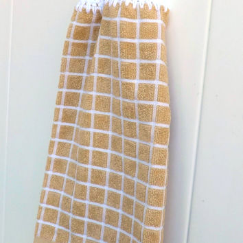 Kitchen Towel - Tan and White Checked Towel With White Top - County Kitchen Decor - Crochet Top Towel - Vintage Inspired - Hand Towel
