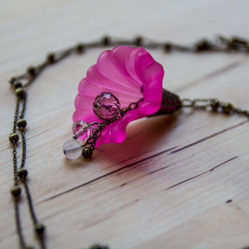 Boho pink flower necklace