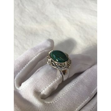 Vintage Handmade Genuine Green Malachite Setting 925 Sterling Silver Gothic Ring