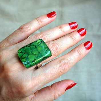 Statement Green ring - Fused glass ring - Rectangle silver ring - Nature forest ring - Artistic Fused glass jewelry - Adjustable cocktail