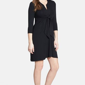 Women's Olian Tie Front Maternity Dress