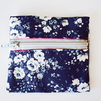 Blue and White Floral Pattern Coin Purse