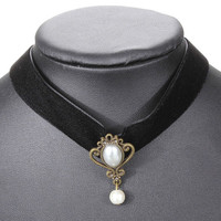 Elegant Gothic Black Fabric Collar Choker Necklace Pearl Pendant