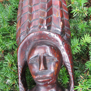 Vintage Mid Century Primitive Carved Wooden African Tribal Bust Collectible Art