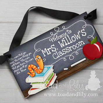 Teacher Chalkboard Classroom with Book Worm End of Year Christmas Gift TDS012