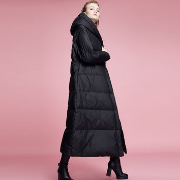 LYNETTE'S CHINOISERIE winter fashion with a hood design black long down coat long over-the-knee thickening thermal outerwear