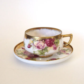 Vintage Gorgeous Saji Teacup with Lavender and Purple Roses and Gold - Made in Japan