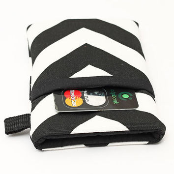 iPhone 5 6 Plus Wallet, Smartphone Sleeve, Hnadmade Cell Phone Case, Samsung Cover, Padded HTC Case - black and white chevron stripes