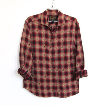 Women's Vintage Woolrich / Plaid Flannel Button-down Shirt w/ Embroidered Sheep