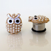 "4g, 2g, 0g, 00g, 7/16"" (5mm-11mm) / Pearl Owl Plugs Gauges Stretchers Earrings / Stretched Gauged Ears"