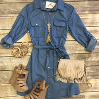 Denim Dayz Chambray Dress: Light
