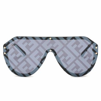 Fendi 2019 new double F letter watermark big box one-piece wild personality polarized sunglasses