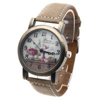 Women Quartz Wrist Watch Bronze Alloy Dial Khaki Leather Strap Retro Pattern