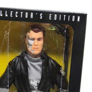 Terminator 2 3D Kenner T-800 Action Figure 12 Inch Collectors Edition