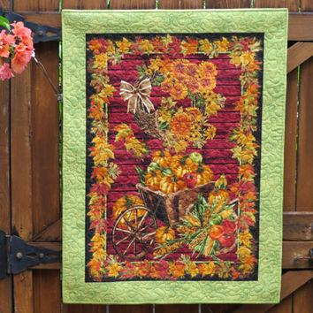 Quilted Fall Wall Hanging Harvest Green Panel 636