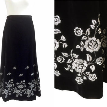 Black Velvet Skirt With Silver Lamé Flowers - Opera Skirt - 70's Vintage Skirt - 1970's Maxi Skirt - Small - Long Velvet Evening Skirt