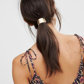 DesignB London Arch Hair Clip at asos.com