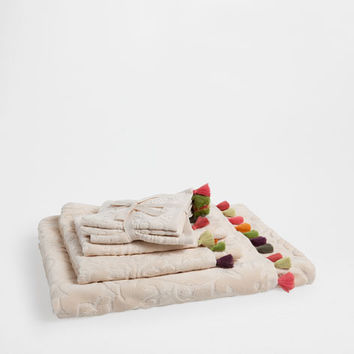 Jacquard pompom towels - Towels & Bathrobes - Bathroom | Zara Home United States