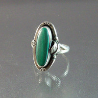 Vintage Native American Sterling Malachite Ring, Size 7.75 Feather Design