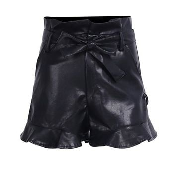To The Max Ruffle Shorts- Black