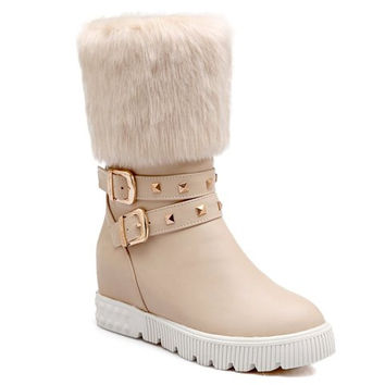 Off White Fur Design Buckled Boots With Rivets Design