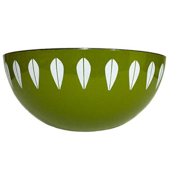 "9.5"" Cathrineholm Enamel Lotus Bowl in Green / Great for Spring and Summer Decorating / Vintage Scandinavian Design / Norway / Mid Century"