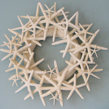 Beach Decor Starfish Wreath   Seashell Wreath by beachgrasscottage