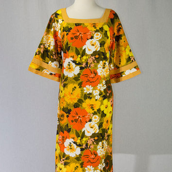 Vintage 1960s Hawaiian Dress Mod Bell Sleeves Tiki Goddess ON SALE!