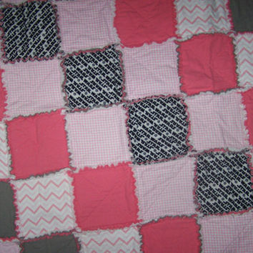 Star Wars Soft Flannel Baby Girl Rag Quilt, super soft, pinks,pink chevron, grays blacks and white perfect shower gift, great for new moms!