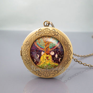 Love Tree Photo Locket Necklace,Tree of Love Art,vintage pendant Locket Necklace