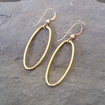 Gold Oval Hoop Earrings, 14K Gold Filled, NON TARNISH Gold Hoops, Oval Hoops, Hoop Earrings, Everyday Gold Jewlery