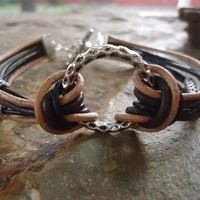 RING & MIX LEATHER bracelet with hammered ring