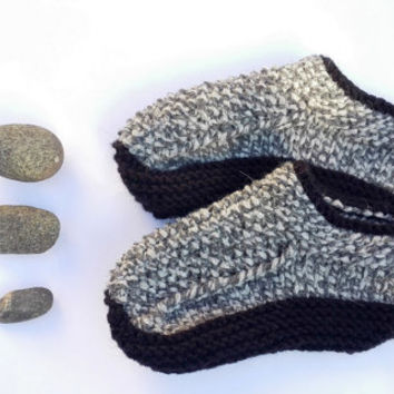 Knit Slippers/ Womens Unisex Slippers / Handmade Slippers/ Warm Slippers/ Men Slippers