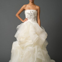 Wedding Dresses, Bridal Gowns by Vera Wang | Fall 2011