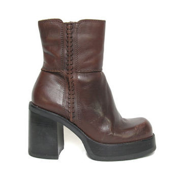 90s Brown Leather Platform Boot - Chunky Boot - 90s Does 70s Boot - Chunky Platform - Ankle Boots - Size 38 EU - Leather Ankle Boots
