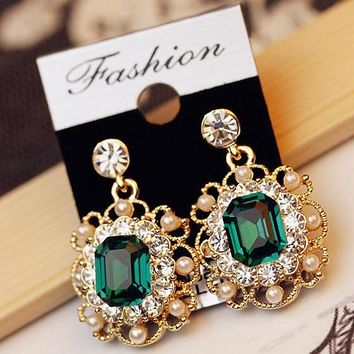 ES850 Jewelry Charm Fashion Wedding Earrings With Pearls Stud Earring Crystal Earrings Jewelry Gift for Women