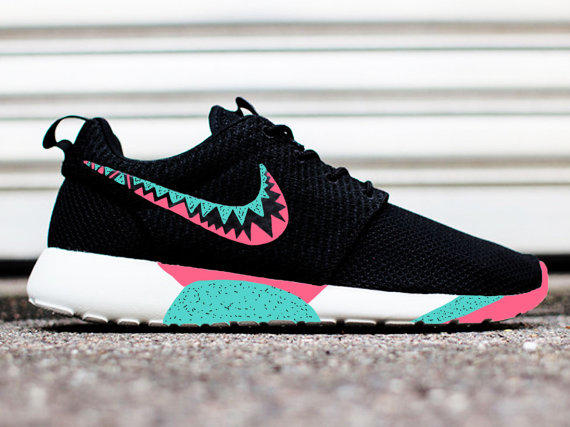 2e039388331 Nike Roshe Run Black And Teal Blue Dress Women Limited Edition ...