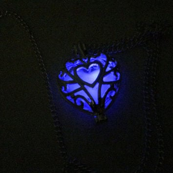 Glowing Necklace , Glowing Locket , Glow in the dark necklace  , Heart Necklace , Heart Locket , Women Necklace , Glow in the dark jewelry
