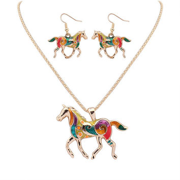 Fashion Trendy Beautiful Horse Gold/Silver Plated Multicolor Necklaces Women High Quality Animal Necklaces Jewelry