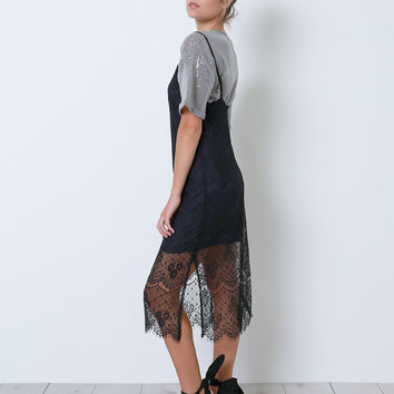 Big Tease Lace Midi Dress - Black