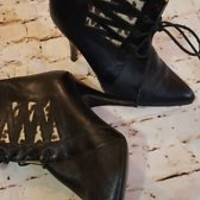 Gianni Couture Made Italy Black Leather ankle High Heel Boots shoes Sz 7.5