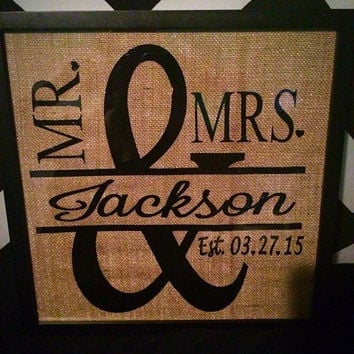 Mr and Mrs burlap wedding picture frame gift, wedding gift, personalized wedding, custom wedding gift, unique wedding gift