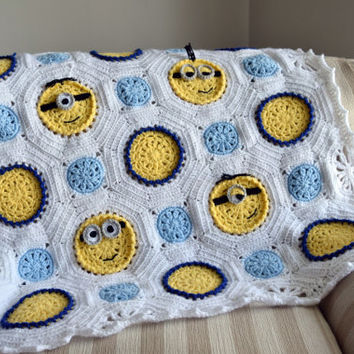 Minion baby blanket - Crochet Baby blanket,Baby gifts,Minion gift,Babyshower gift,Christening gift,Receiving blanket,Crochet minion