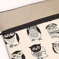 "13 inch laptop case for MacBook Pro 13"", Macbook Air 13"" sleeve Retina display, laptop bag zipper pocket, padded with foam black owls"