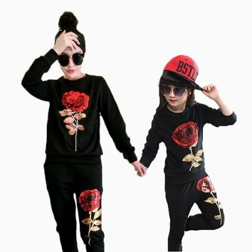 2017 Spring New Children Sets Family Matching Outfits Sequins Rose Flower Two Piece Long Sleeve Fashion Outfits 2049