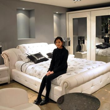 1.5 m 1.8 m White European Leather bed