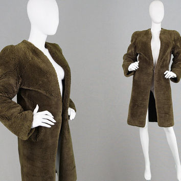 Vintage 1940s Curly Sheepskin Coat CC41 Coat Womens Shearling Coat Structured Shoulders WW2 Coat Thick Lamb Fur Sheep Fur Ladies 40s Coat